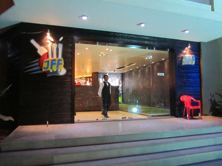 Fastfood / Restaurents In Rajkot